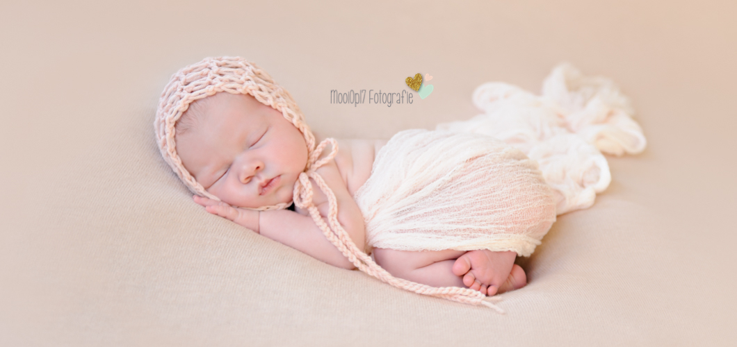 1 Newborn fotoshoot Steenwijk Lizzy